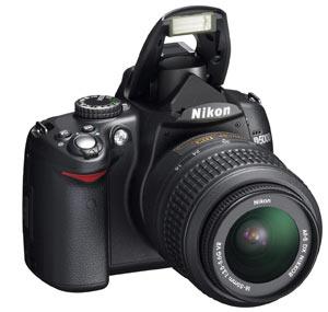 Фотокамера D5000 - это мощная универсальная фотокамера, позволяющая...